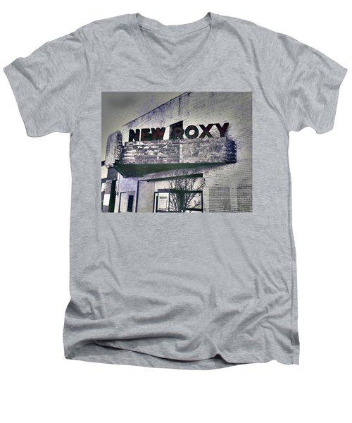 Men's V-Neck T-Shirt featuring the photograph New Roxy Clarksdale Ms by Lizi Beard-Ward
