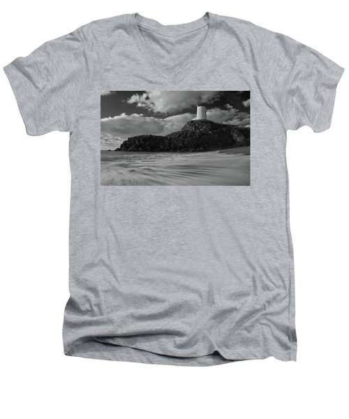 Niwbwrch Lighthouse Men's V-Neck T-Shirt