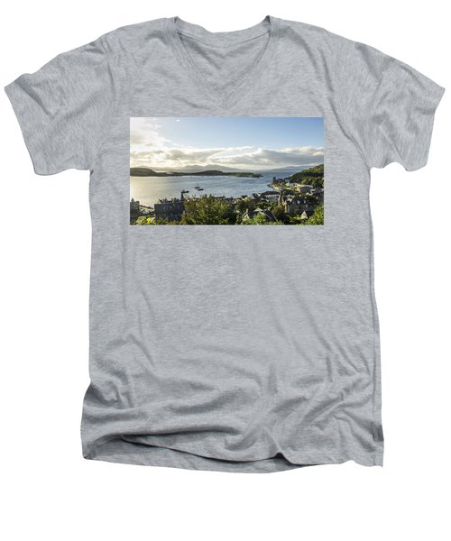 Oban Bay View Men's V-Neck T-Shirt
