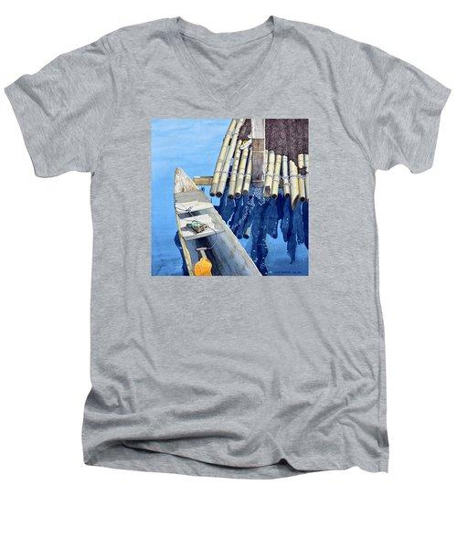 Old Wood Boat Men's V-Neck T-Shirt