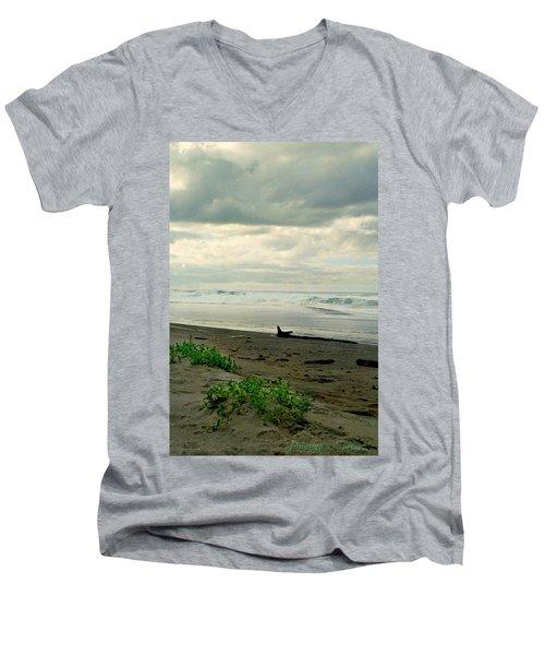 Oregon Coast 17 Men's V-Neck T-Shirt