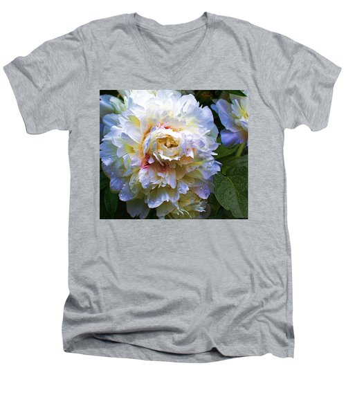 Peony Beauty Men's V-Neck T-Shirt
