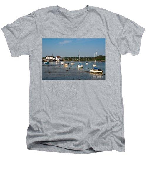 River Deben Estuary Men's V-Neck T-Shirt