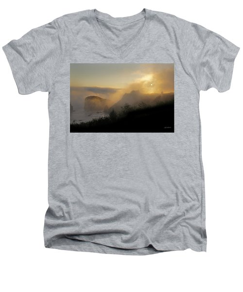 Men's V-Neck T-Shirt featuring the photograph Sunset At Harris Beach by Mick Anderson