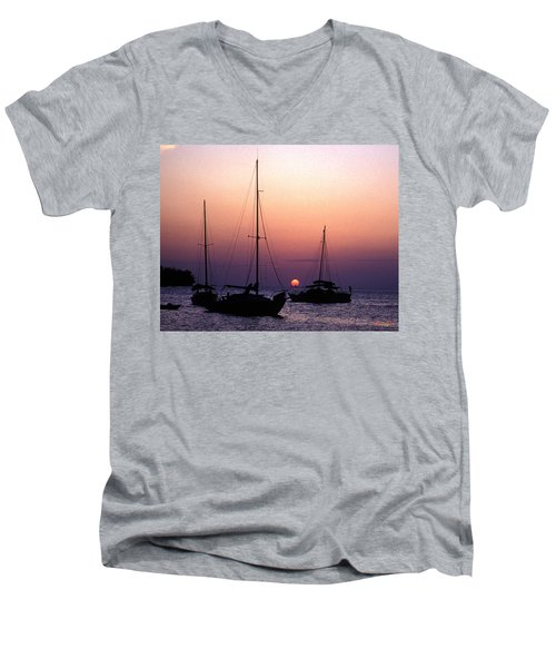 Men's V-Neck T-Shirt featuring the photograph Sunset Off Simonton Street 14e by Gerry Gantt