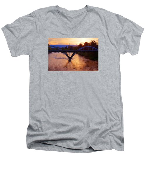 Sunset Over Caveman Bridge Men's V-Neck T-Shirt