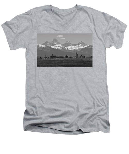 Men's V-Neck T-Shirt featuring the photograph Tetonia Grain Elevators by Eric Tressler