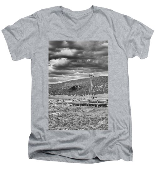 the lonly windmill in B and W Men's V-Neck T-Shirt