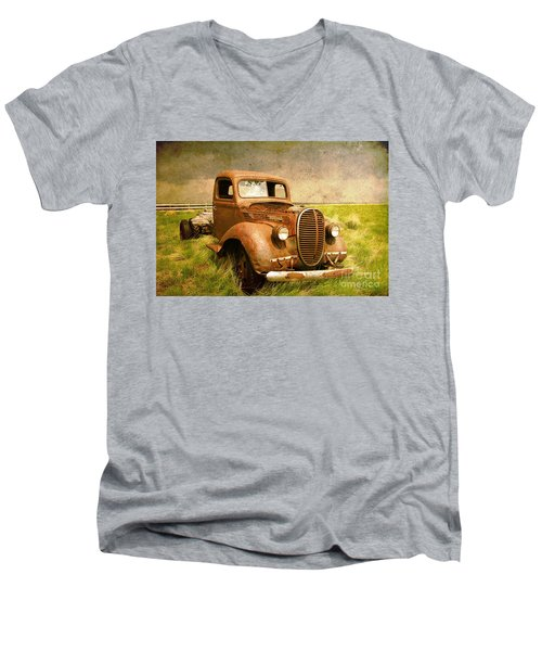 Two Ton Truck Men's V-Neck T-Shirt