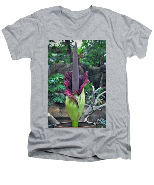 Corpse Flower Men's V-Neck T-Shirt