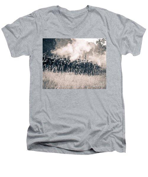 Gettysburg Union Infantry 9360s Men's V-Neck T-Shirt