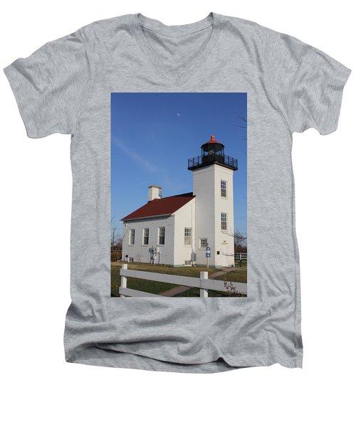 Sand Point Lighthouse Escanaba Men's V-Neck T-Shirt