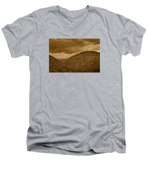 View From A Train Tnt Men's V-Neck T-Shirt