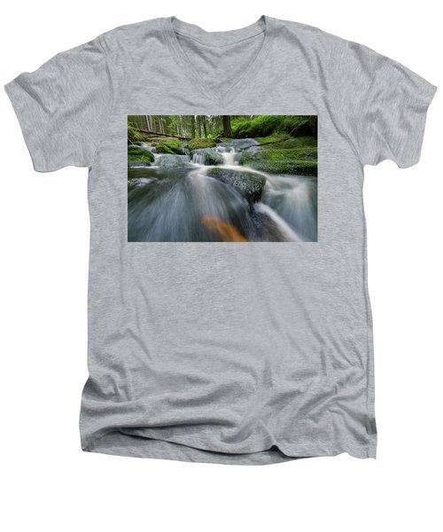 Bode, Harz Men's V-Neck T-Shirt
