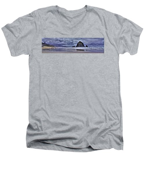 Cannon Beach Panorama Men's V-Neck T-Shirt