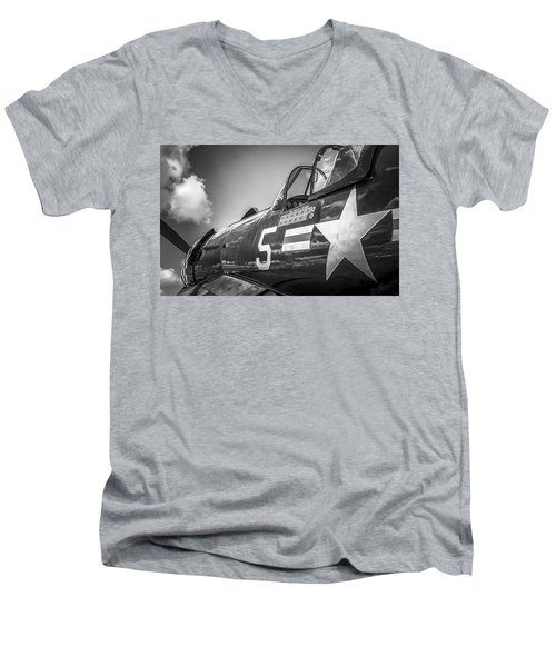 Corsair - Bw Series Men's V-Neck T-Shirt