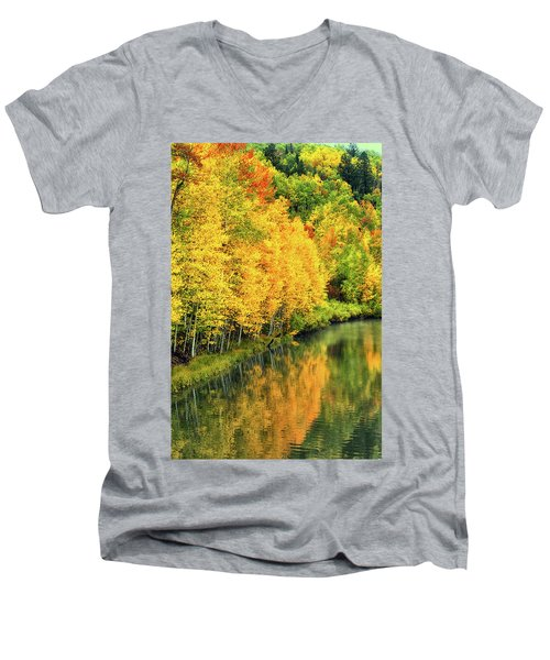 Cushman Lake  Men's V-Neck T-Shirt