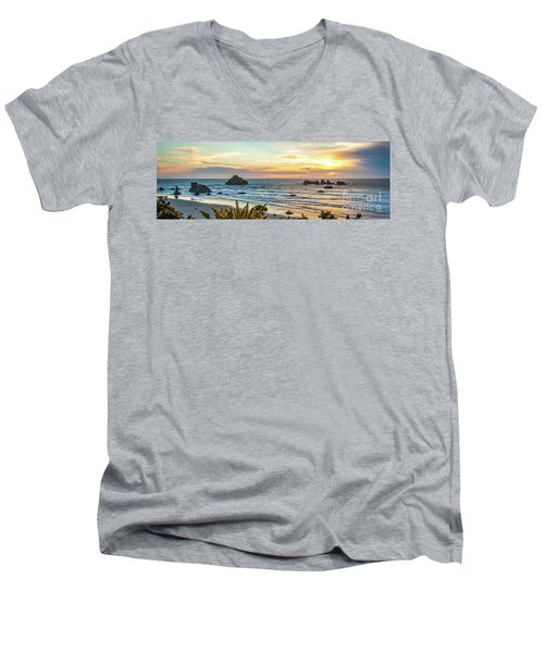 Face Rock At Sunset Men's V-Neck T-Shirt
