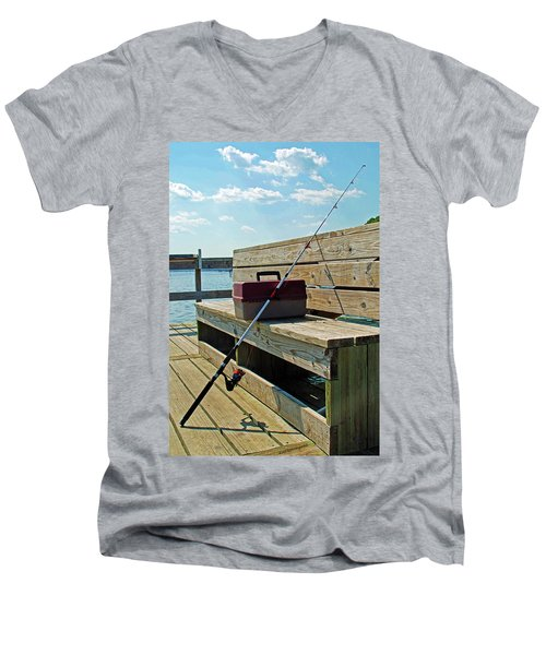 Fishin' Pole Men's V-Neck T-Shirt