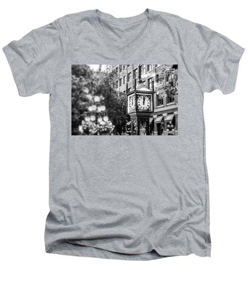 Gastown Steam Clock Men's V-Neck T-Shirt