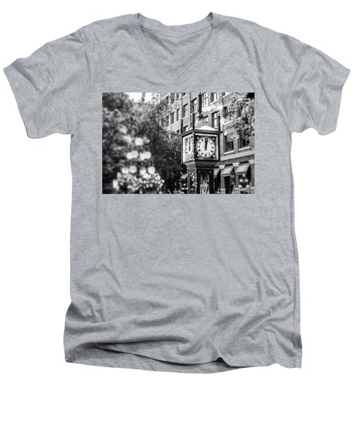 Gastown Steam Clock Men's V-Neck T-Shirt