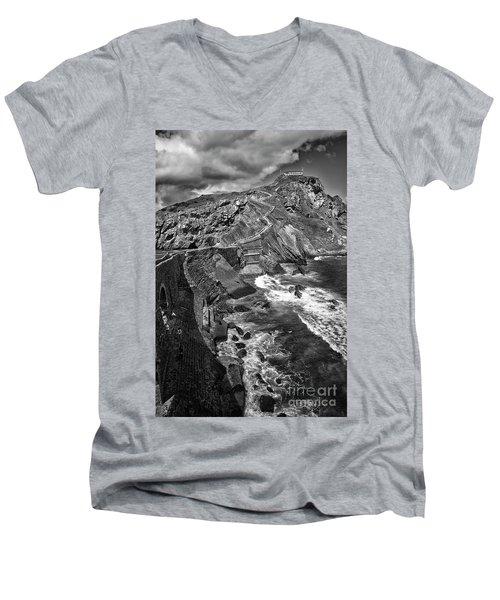 Gaztelugatxe Dragonstone Bw Men's V-Neck T-Shirt