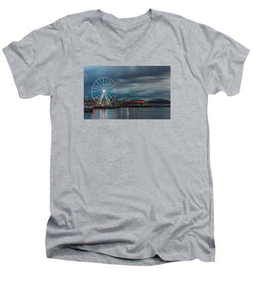 Great Wheel Men's V-Neck T-Shirt