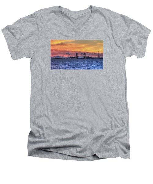 James River Bridge Men's V-Neck T-Shirt