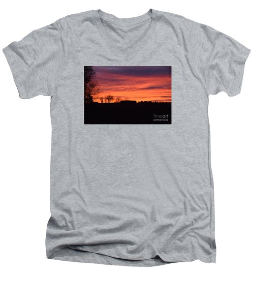Kansas Sunset Men's V-Neck T-Shirt