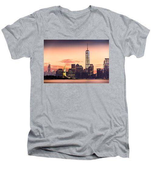 Lower Manhattan And The Statue Of Liberty At Sunrise Men's V-Neck T-Shirt
