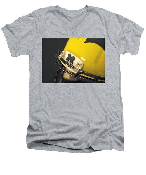 Michigan M Men's V-Neck T-Shirt