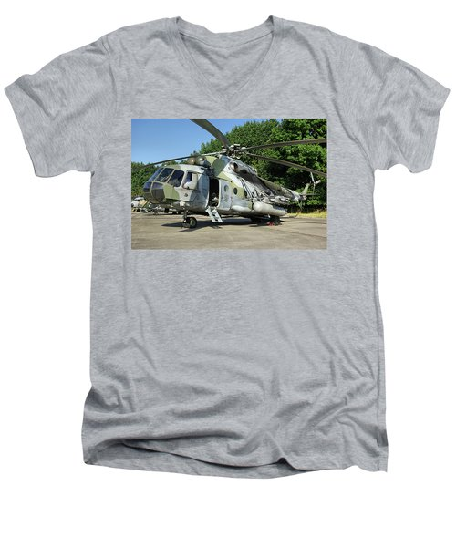 Mil Mi-17 Hip Men's V-Neck T-Shirt