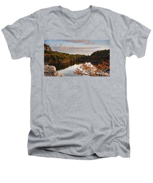 Mohonk Mountain House Lake Men's V-Neck T-Shirt
