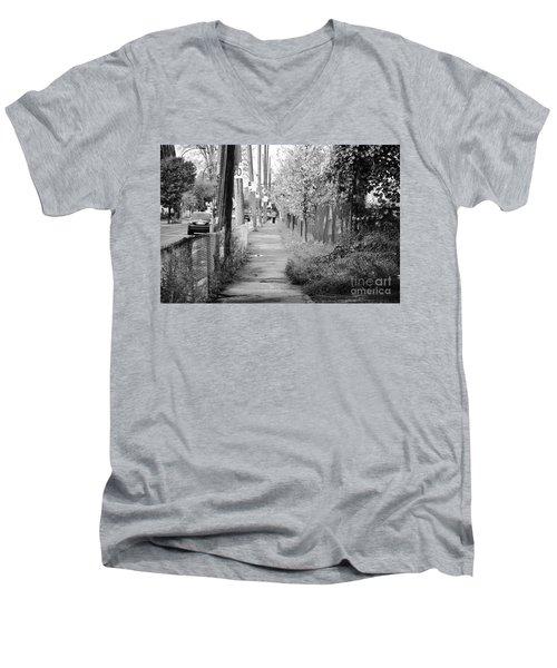 Montreal Street Photography Men's V-Neck T-Shirt