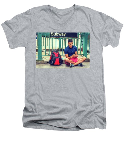 New York Subway Station Men's V-Neck T-Shirt