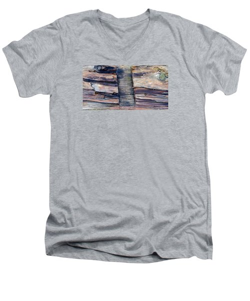 Old Wood Men's V-Neck T-Shirt