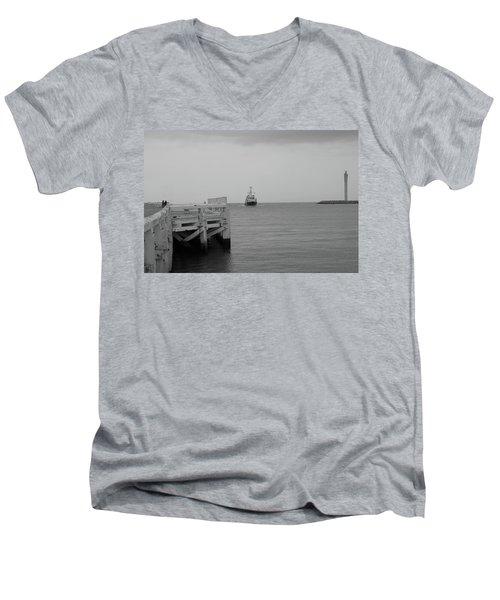 Ostend 2 Men's V-Neck T-Shirt