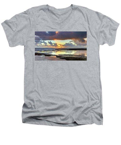 Overcast And Cloudy Sunrise Seascape Men's V-Neck T-Shirt