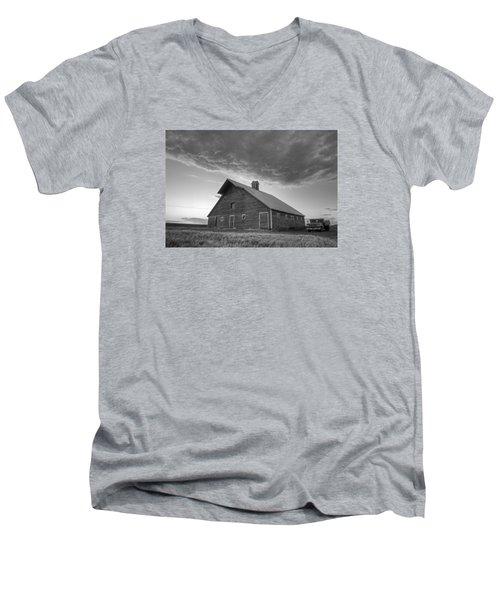 Primary Palouse Colors Men's V-Neck T-Shirt