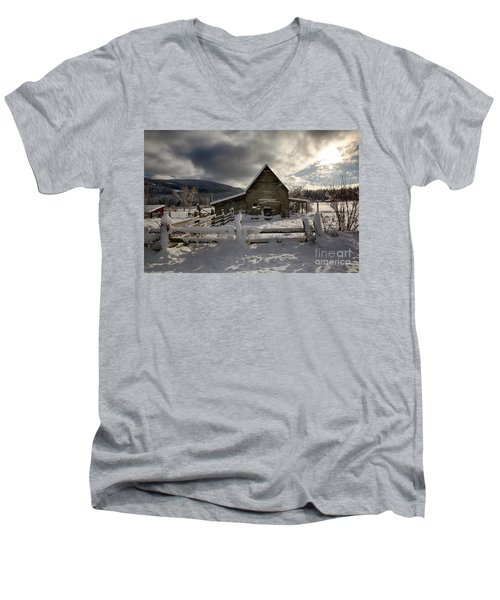 Purcell Barn Men's V-Neck T-Shirt