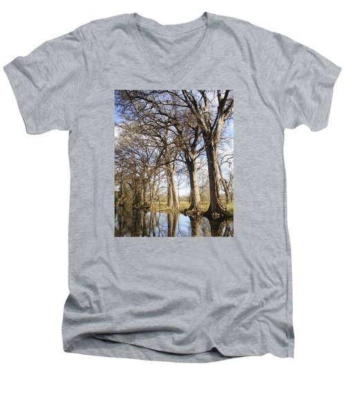 Rio Frio In Winter Men's V-Neck T-Shirt