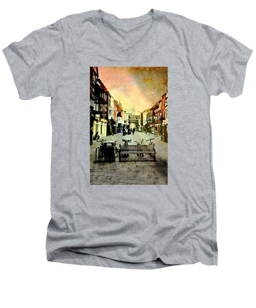 Salisbury England Men's V-Neck T-Shirt