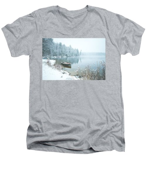 Saltmarsh Pond Men's V-Neck T-Shirt