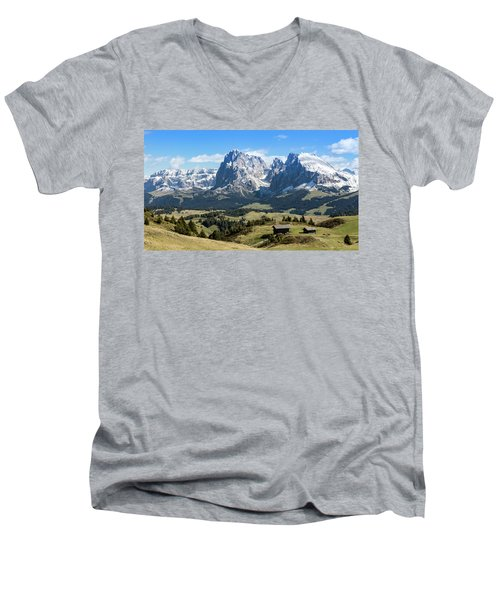 Sasso Lungo And Sasso Piatto Men's V-Neck T-Shirt