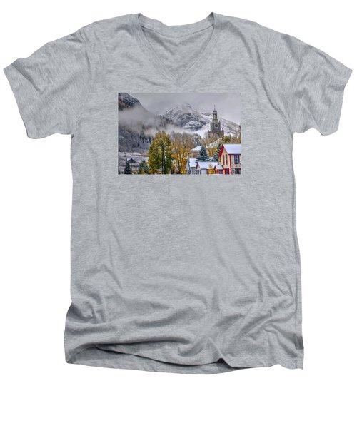 Silverton Colorado Men's V-Neck T-Shirt