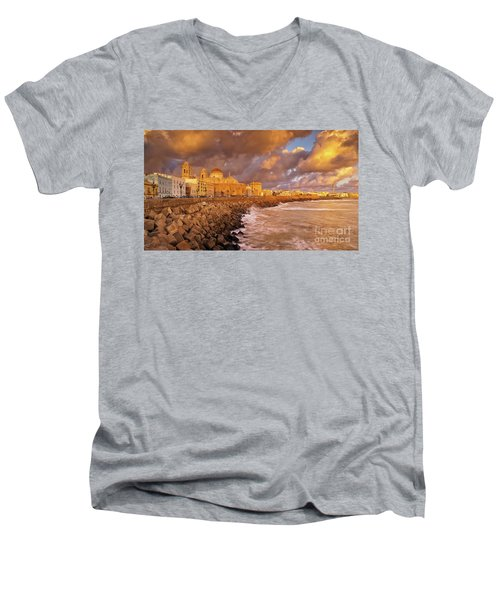 Skyline From Campo Del Sur Cadiz Spain Men's V-Neck T-Shirt