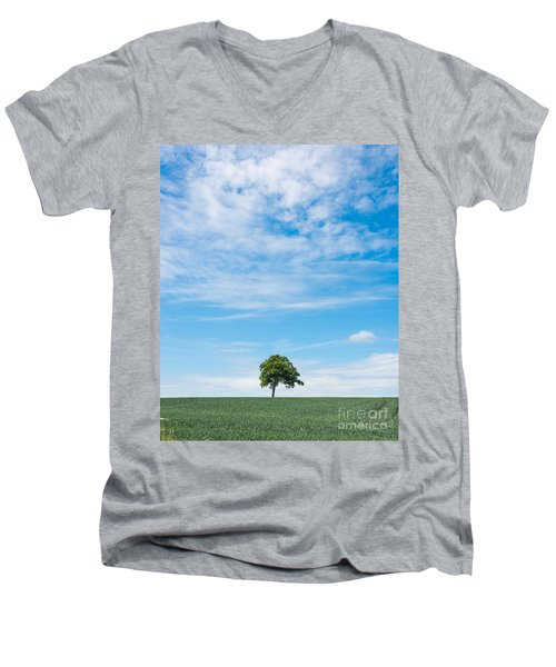 Solo Tree Men's V-Neck T-Shirt
