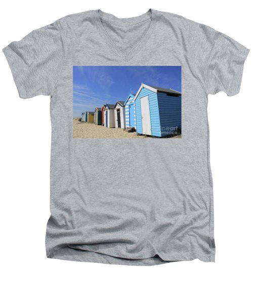 Southwold Beach Huts Men's V-Neck T-Shirt
