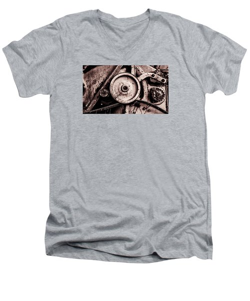 Soviet Ussr Combine Harvester Abstract Cogs In Monochrome Men's V-Neck T-Shirt
