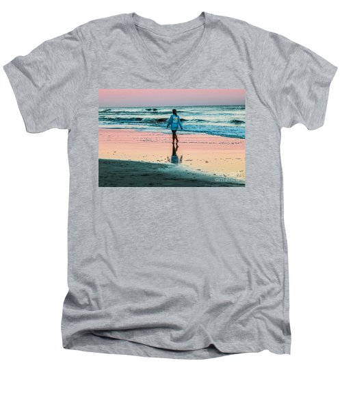 Sunset Stroll In The Surf Hilton Head Men's V-Neck T-Shirt